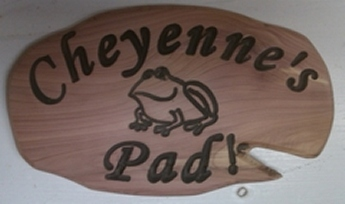 lily-pad-frog-wood-sign